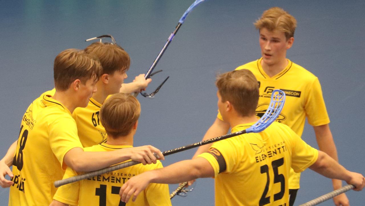 Miehet aloittivat Divarin selkeällä 7-1 kotivoitolla ÅIF:stä